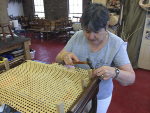 Etonnant Machine Cane Student. Chair Caning ...