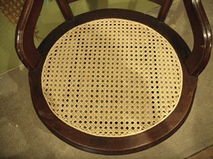 laced-cane-round-seat-after