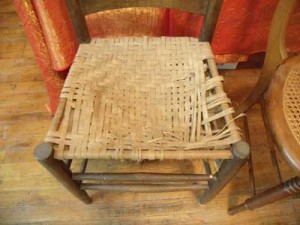 Typical Splint Reed chair BEFORE restoration.