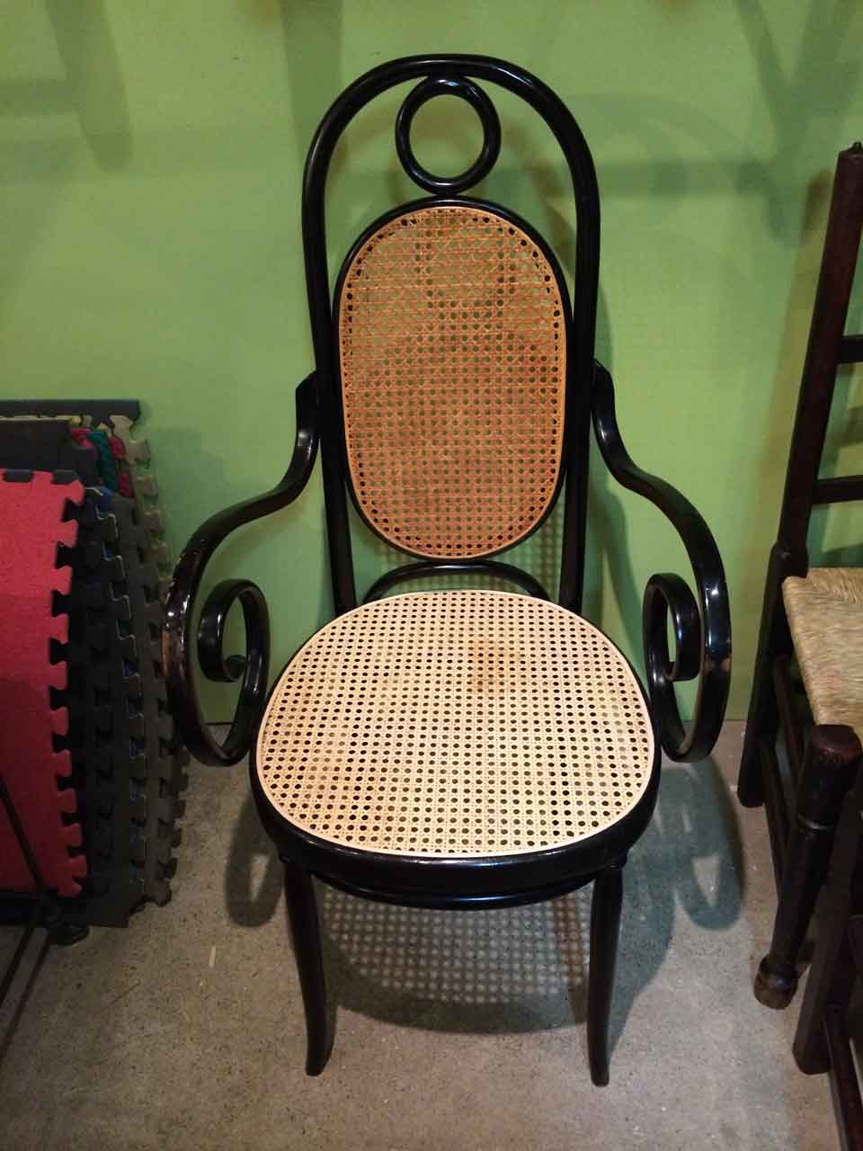 Bentwood-machine-cane-chair