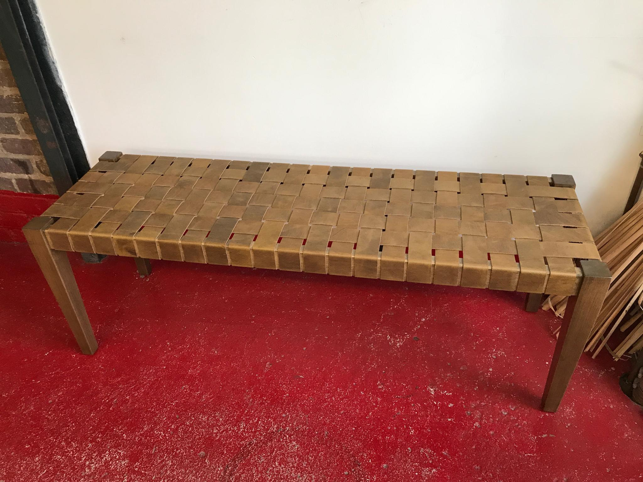 leather-custom-bench-complete